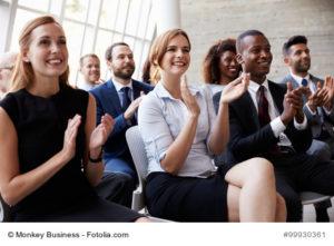 Foto applaudierendes Publikum