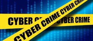 gelbes Band mit Schrift Cyber Crime