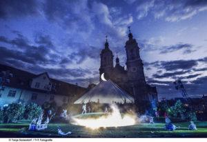 Ansichts Klosterhof St. Gallen während Oper Edgar